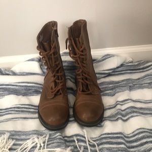 Like New AEO ankle boots!